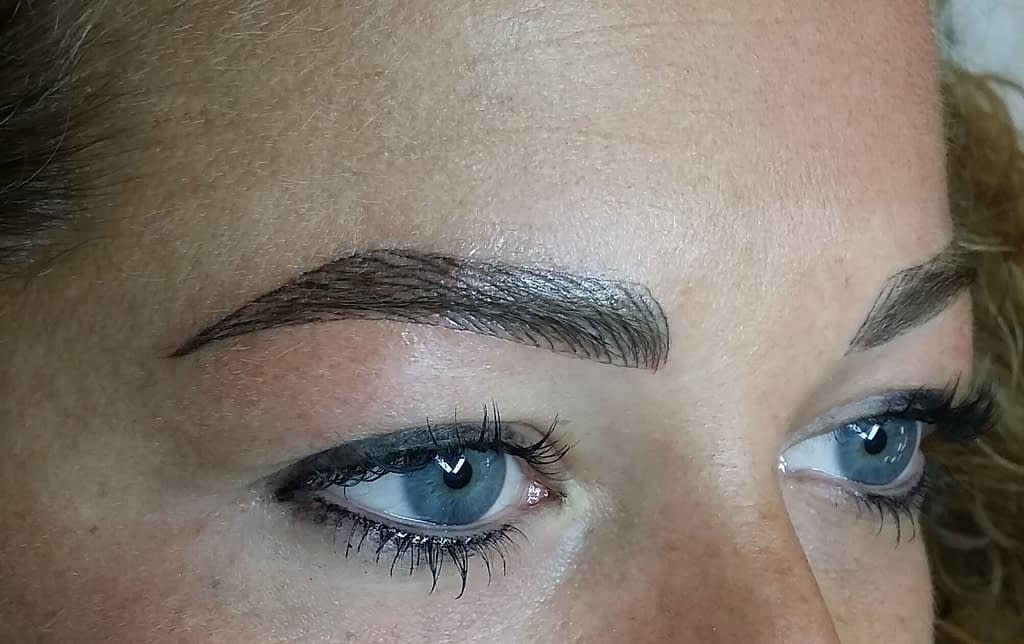 Trucco Permanente - Permanent Makeup Sopracciglia Pelo a pelo